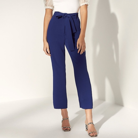 Aritzia Wilfred high-waisted tie-front pant